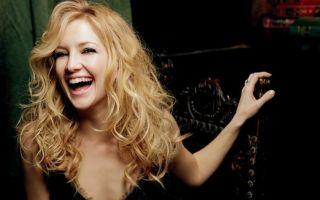 Характер женщины определяет ее смех
