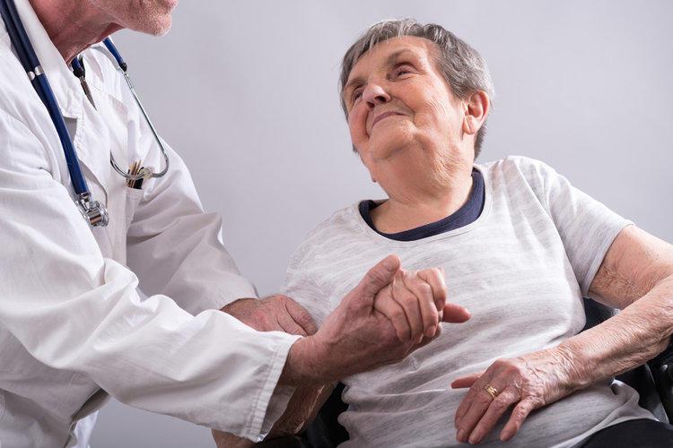 Болезнь альцгеймера: симптомы, диагностика и лечение0